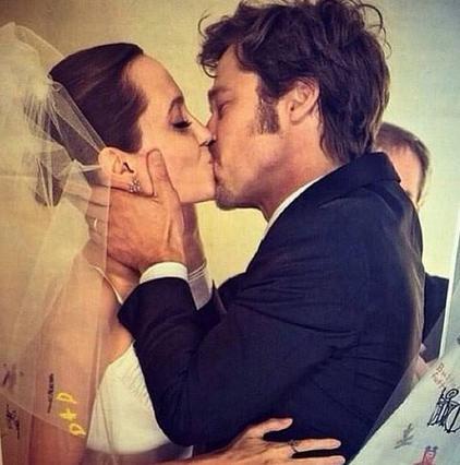 Τζολί:  Με τον Μπραντ παντρευτήκαμε παντρεμένοι