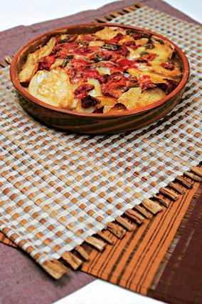 Κασερόλ με αρνάκι και πατάτες