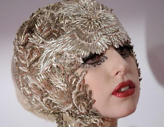 Lady Gaga: Η τέλεια κόρη...