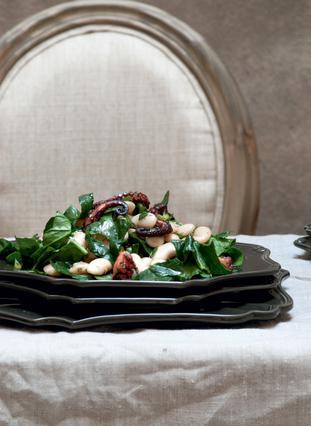 Σαλάτα χταπόδι με γίγαντες και σπανάκι