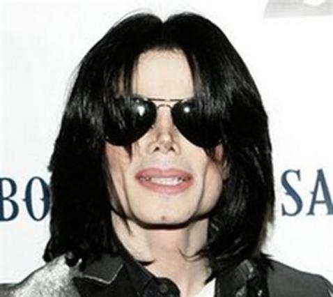 Η συναισθηματικές αντιδράσεις των θαυμαστών του, έκαναν τον Τζάκσον να αλλάξει γνώμη.