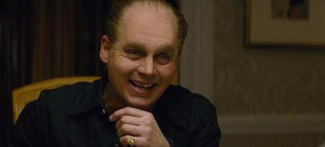 Κι όμως... Aυτός ο άσχημος, γερασμένος, φαλακρός τύπος είναι ο Τζόνι Ντεπ (vds)
