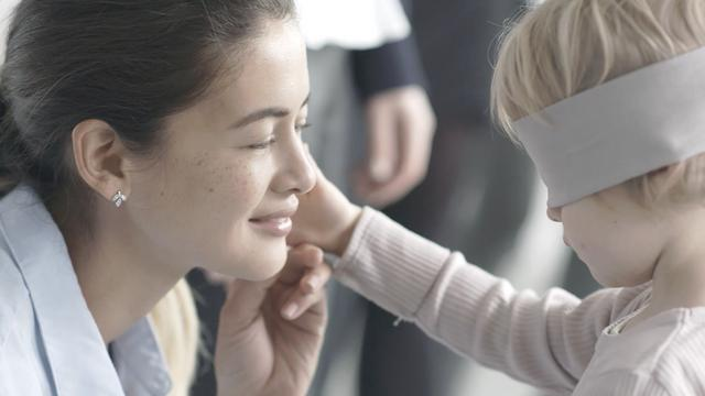 H PANDORA γιορτάζει τον  δεσμό μεταξύ μητέρας και παιδιού με μια νέα ταινία μικρού μήκους με το όνομα  The Unique Connection