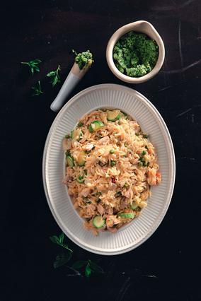 Κριθαρότο με λαχανικά, κοτόπουλο και πέστο