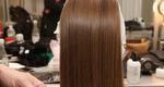 4 εύκολα ανοιξιάτικα στιλ για μακριά μαλλιά