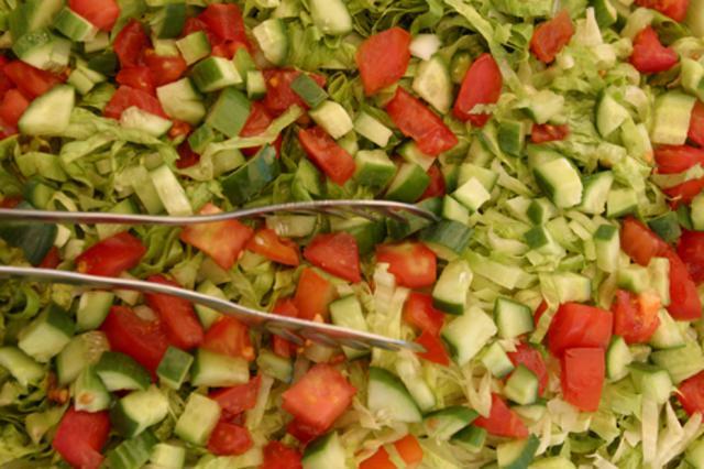 Σαλάτα με φρούτα και σπόρους