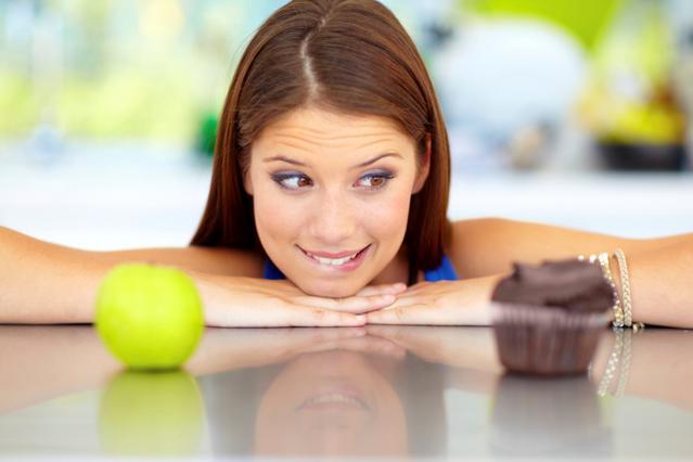 Φρούτα αντί για γλυκά & κάτω τα κιλά!