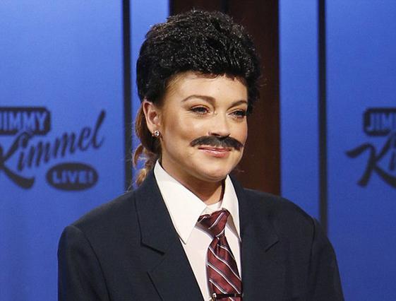 Γιατί άφησε μουστάκι η Λίντσεϊ Λόχαν;
