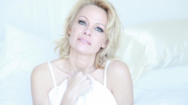 Κέρδισε ένα ραντεβού με την Πάμελα Άντερσον στην έπαυλη του Playboy