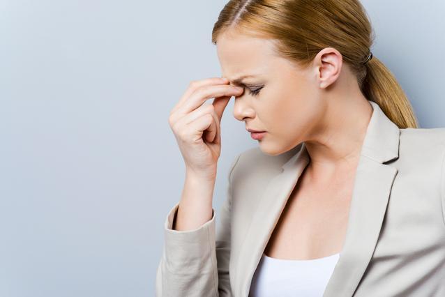 ΤΕΣΤ: Μάθε γιατί έχεις πονοκέφαλο!