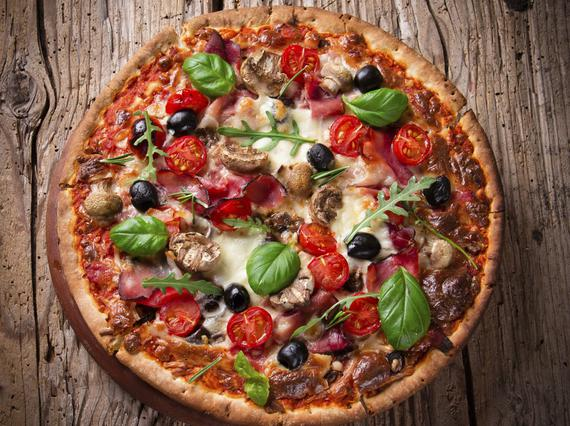 7 υλικά που δεν έχεις δοκιμάσει στην πίτσα (αλλά θα έπρεπε)