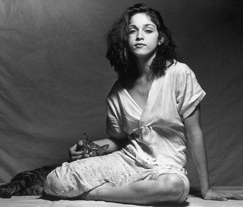 Η Μαντόνα το 1979 σε ηλικία 21ός ετών, την εποχή που προσπαθούσε να μπει στον  θαυμαστό κόσμο της σόουμπιζ .
