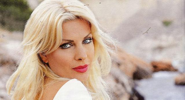 Ελένη: «Θερμό» επεισόδιο στην Πάτμο με ερωτευμένο άντρα