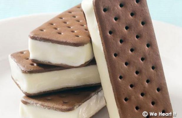 9 απολαυστικές ιδέες για σπιτικό παγωτό-σάντουιτς