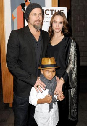 Το ζευγάρι έκανε εμφάνιση στο  κόκκινο χαλί με το γιο του Μάντοξ!