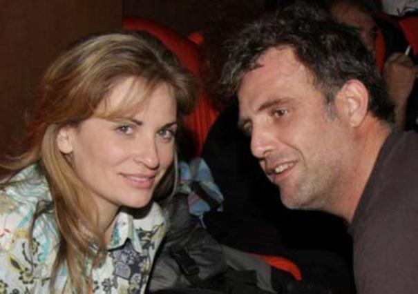 Ετοιμάζει αγωγή διαζυγίου ο Τσαρούχας;