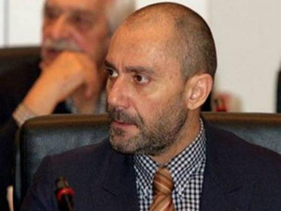 Βαλλιανάτος: Τον συνέλαβαν για ακάλυπτες επιταγές!