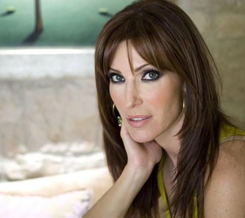 Βίκυ Χατζηβασιλείου: Ποιος ήταν ο πιο δύσκολος τηλεοπτικός αντίπαλός της