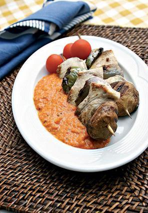 Ψαροσουβλάκι με πικάντικη σος