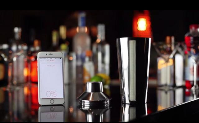 Το τέλειο κοκτέιλ φτιάχνεται με... smartphone