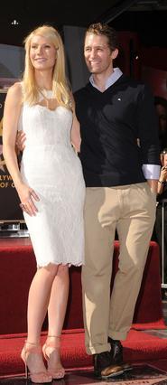 Όταν πριν από λίγους μήνες η Γκουίνεθ τιμήθηκε με ένα αστέρι στη διάσημη λεωφόρο της δόξας στο Χόλιγουντ, δίπλα της στεκόταν καμαρώνοντας, ο Μάθιου Μόρισον.