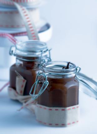 Σοκολάτένια σος σε βάζο