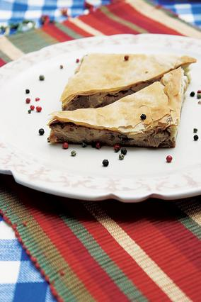 Πίτα με αρνάκι σούβλας