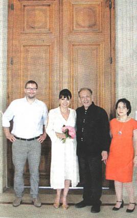 Η Νάντια Μουρούζη παντρεύτηκε στο Παρίσι (φωτο)