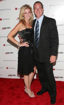 Ο πατέρας της ΛίΛο με την πρώην αγαπημένη  του Έριν Μούλερ που τον κατηγορεί για πλήθος αδικημάτων