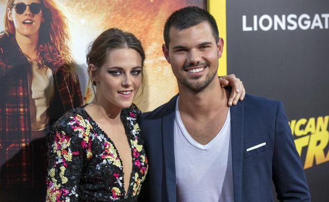 Μπέλα  &  Τζέικομπ : Τι κρύβει η μίνι Twilight reunion;