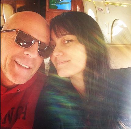 Σύζυγος Μπρους Γουίλις: Το τρυφερό φιλί & το μήνυμα στο Instagram