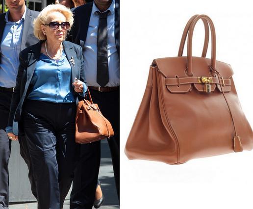 Η πανάκριβη τσάντα της πρωθυπουργού (& το τρολάρισμα στα social media)