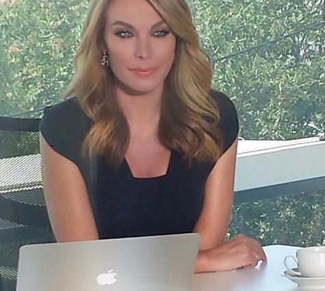Δες την Τατιάνα Στεφανίδου να προετοιμάζεται στο νέο γραφείο της [photo]