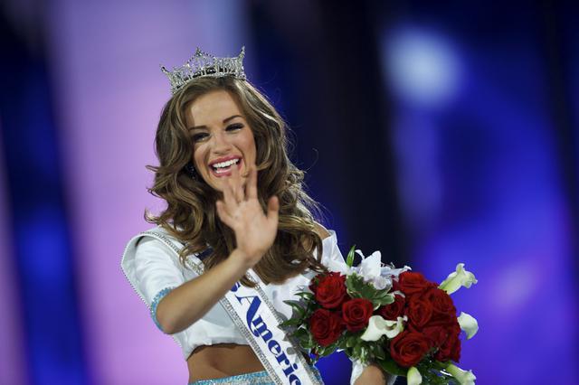 Η ελληνίδα νέα Μις Αμερική και το τέλος ενός σκανδάλου