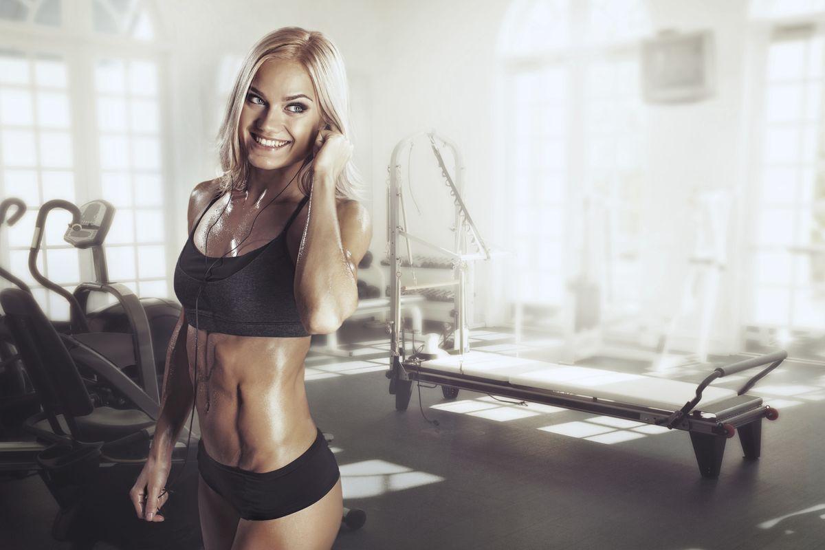ραντεβού με ένα θηλυκό μοντέλο γυμναστικής