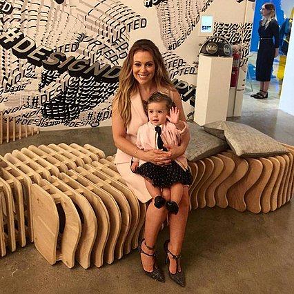 Η Αλίσα Μιλάνο θηλάζει τη 16 μηνών κόρη της και καμαρώνει στο Instagram [photo]