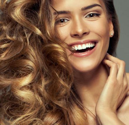 4 βήματα για τέλεια μαλλιά με το ελαιόλαδο για μαλακτικό