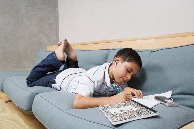 Πώς θα καταλάβεις αν το παιδί είναι δυσλεξικό;