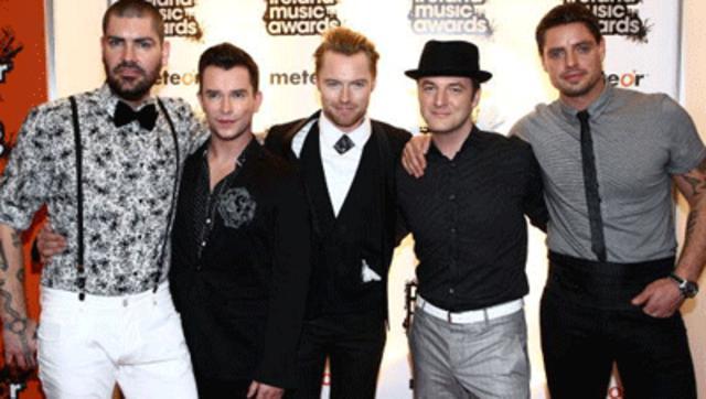Οι Boyzone θα τραγουδίσουν στο μνημόσυνο του αγαπημένου τους φίλου και συναδέλφου!