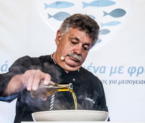 Μαθαίνοντας τα παιδιά να τρώνε «Ψάρια μεγαλωμένα με Φροντίδα»