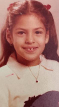 Δεν έχει αλλάξει πολύ! Αναγνωρίζεις τη διάσημη αυτή Λατίνα;
