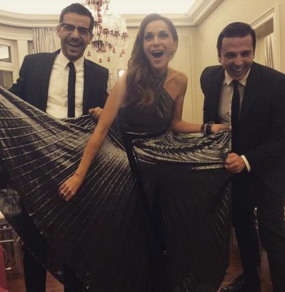 Τρελό γέλιο: Βανδή, Σπυροπούλου  έφαγαν  πόρτα σε επίδειξη! (vds)