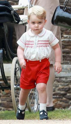 Ο μικρός πρίγκιπας Γεώργιος έγινε... κέικ!