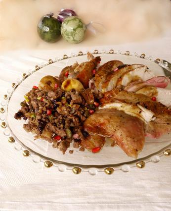 Γεμιστή γαλοπούλα με κιμά, ξηρούς καρπούς & ρόδι αλά Pandespani