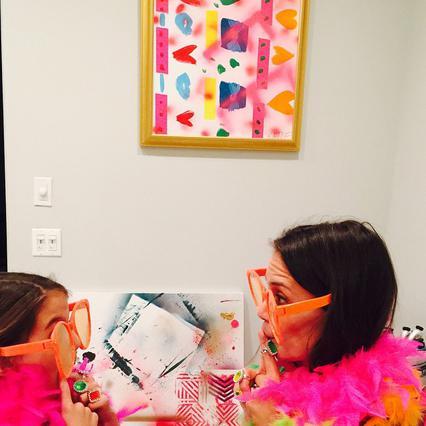 Πολύχρωμες φωτογραφίες γενεθλίων για Κέιτ & Σούρι