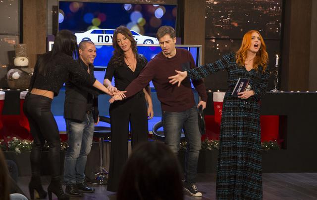 Τι θα δούμε στο χριστουγεννιάτικο Celebrity Game Night [backstage photos]