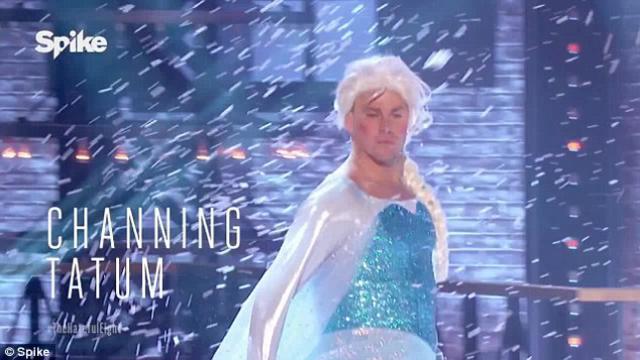Όχι, δεν είναι η  Έλσα  από το Frozen, αλλά ο Τσάνινγκ Τέιτουμ [photos & vds]