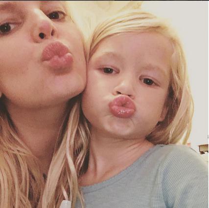 Η κόρη της Τζέσικα Σίμπσον, απλά... δεν περιγράφεται [photos]