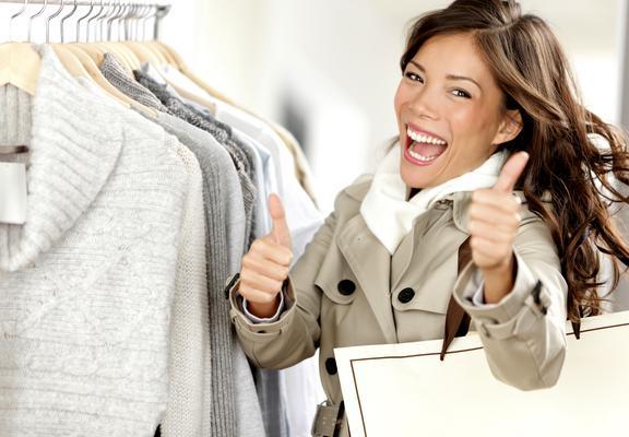<p>Δεν είναι λίγα τα ρούχα που θέλεις να αγοράσεις και ειδικά τώρα με τις εκπτώσεις πραγματικά δεν ξέρεις ποια είναι εκείνα τα κομμάτια που αξίζουν τα χρήματα σου. Παρακάτω σου δίνουμε ιδέες για τα κο