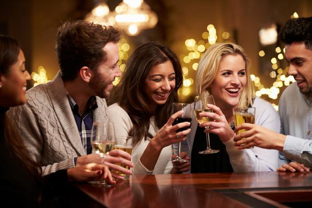 Τα 10+1 καλύτερα wine bars στην Αθήνα